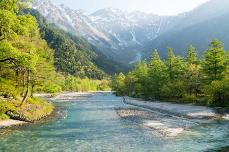 春の日本の長野県、上高地観光 写真素材