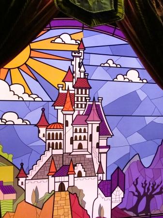 castles needle: Disneyland Castle glazed