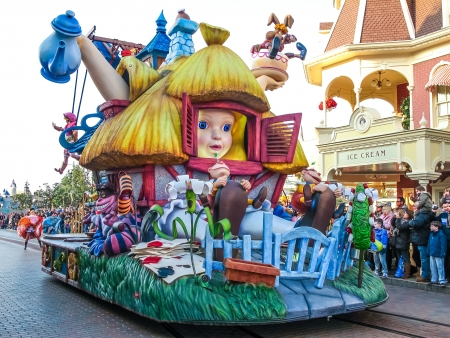 disneyland: Parade in Disneyland Paris Editorial