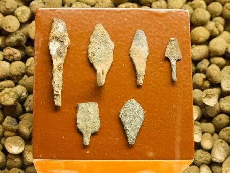 Herramientas prehist�ricas de caza Foto de archivo - 15677994
