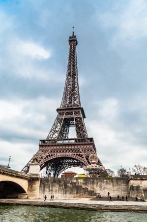 popularity: The Eiffel Tower