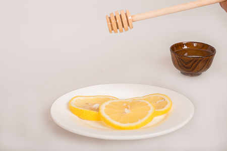 cosmetologies: honey lemon