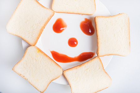 smiley: Bread with smiley face