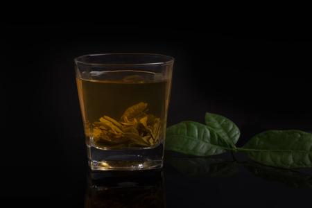 non alcoholic beverage: herbal tea