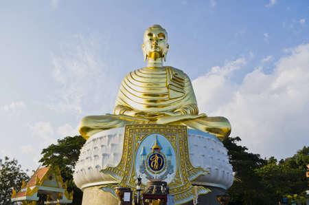 Statues of Buddha large body meditation seats