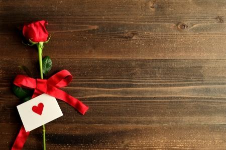 레드 발렌타인의 카드 이미지와 함께 상승