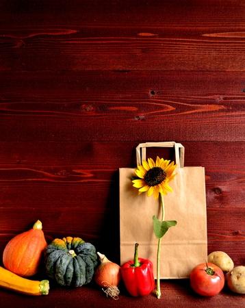 craft paper: summer vegetables with craft paper bag