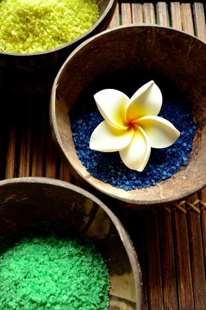 bath salts: 3 colors bath salts with a plumeria