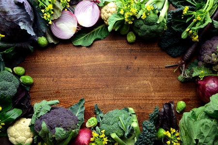 cebolla roja: Broccoli, cauliflower and red onion