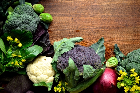 red onion: Broccoli, cauliflower and red onion