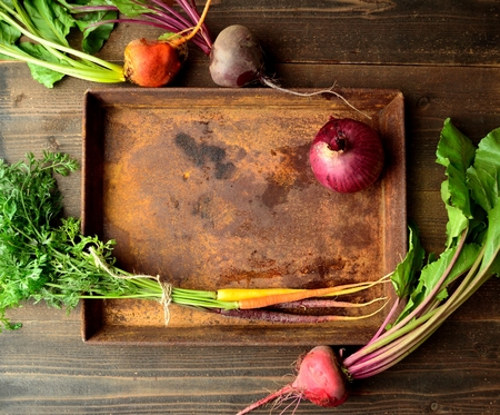 3 colors beets, carrot and rusted tray