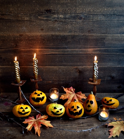 Halloween pumpkins with candle light Stock Photo - 107383164