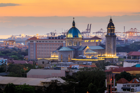 Manila Cathedral at sunset, Philippines Standard-Bild