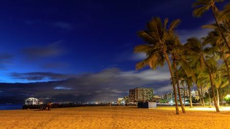 Famous Waikiki Beach, O'ahu, Hawaii - Image 版權商用圖片