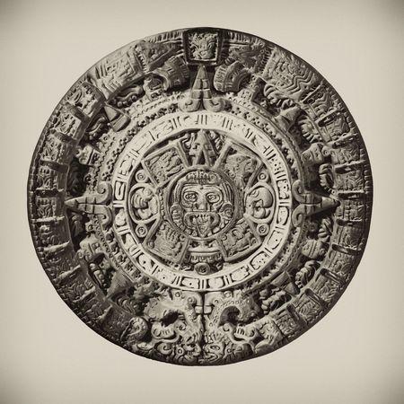 knocked out: Arcilla Calendario Azteca, de la eliminaci�n en el fondo.