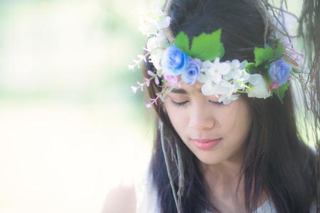 hairband: Girl with flower hairband