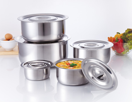 kitchenware: Cooking Pot made of stainless steel, kitchenware Stock Photo