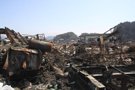 catastrophe: La Grande East Japan Earthquake �ditoriale