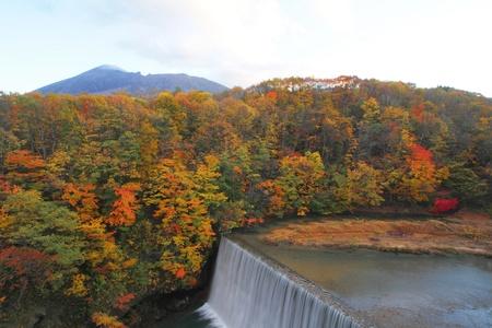 gully: hojas de colores y en la Quebrada Mt.Iwate Matsukawa