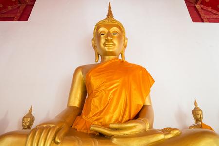 pa: Buddha statue at Pa mok worawihan temple ,Ang thong ,Thailand