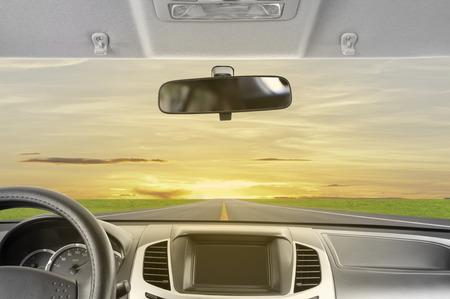 日没までドライブします。 写真素材