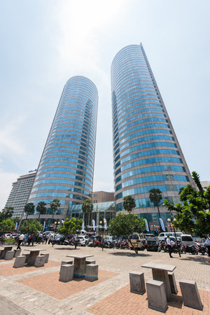 banco mundial: COLOMBO, SRI LANKA - MARCH 24, 2016: World Trade Center and Bank of Ceylon buildings are the tall building in Colombo, Colombo is prime business and office space of Sri lanka. Editorial