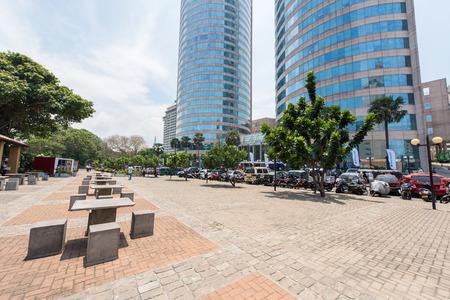 banco mundial: Colombo, Sri Lanka - 24 de marzo, 2016: World Trade Center y el Banco de Ceil�n edificios son el edificio alto en Colombo, Colombo es primo espacio comercial y de oficinas de Sri Lanka.