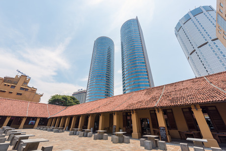 banco mundial: COLOMBO, SRI LANKA - MARCH 24, 2016: World Trade Center and Bank of Ceylon buildings are the tall building in Colombo, Colombo is prime business and office space of Sri Lanka.