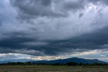 gloom: Dark storm clouds