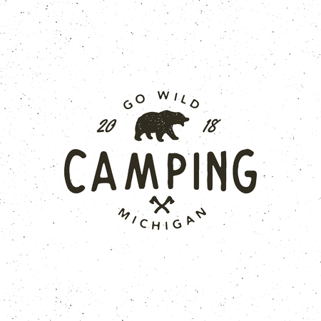 vintage wilderness  . hand drawn retro styled outdoor adventure emblem. vector illustration Ilustração