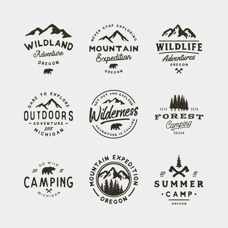 set of vintage wilderness logos. hand drawn retro styled outdoor adventure emblems. vector illustration Banco de Imagens - 97072328