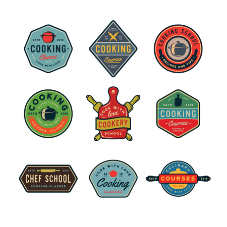 Set of vintage cooking classes logos. Retro styled culinary school emblems. Vector illustration Vettoriali