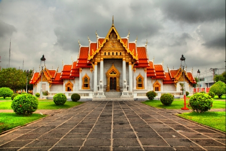 The Marble Temple  Wat Benchamabophit  HDR