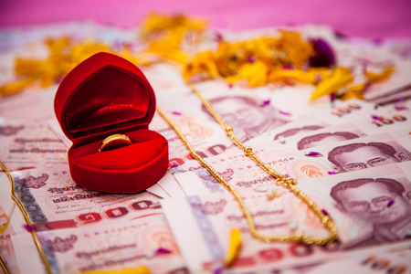 bride price money in Traditional Thai wedding ceremony Stock Photo
