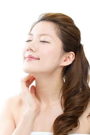 Schöne junge Frau auf weißem Hintergrund Standard-Bild - 17049317