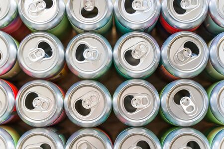 Empty soft drink, beer can closeup pattern Archivio Fotografico