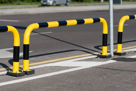 Car parking safety fence black yellow steel pipe