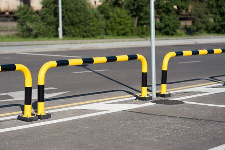 Car parking safety Bollard Guard black yellow steel pipe