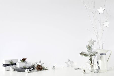 Christmas wall mock-up. Scandinavian style. Wall art. Foto de archivo - 133316163