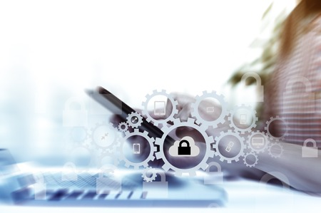 Schützen Sie Cloud-Informationsdatenkonzept. Sicherheit und die Sicherheit von Cloud-Daten. Standard-Bild