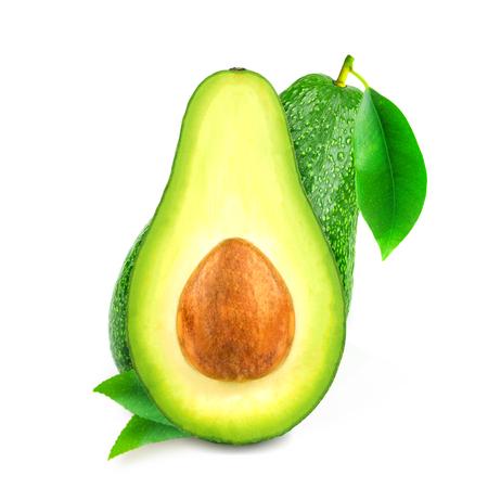 Frutti di avocado freschi isolati su sfondo bianco.
