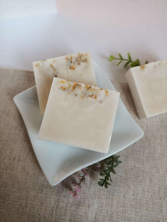 Handmade soap, soap, clean, flat, surface, merchandise, shooting, rendering, display, hand-made, modeling, gift