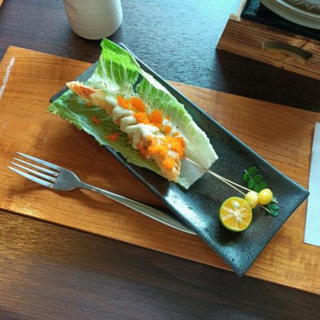 Japanese style, fried shrimp, tempura, mentaiko, ingredients, creativity, cuisine, flavor, lunch, dim sum, snack, delicious, lettuce, seasoning