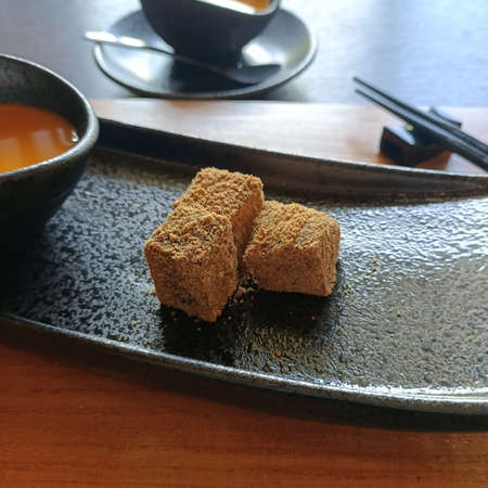Japanese style, dessert, sweets, soy flour, elastic, cubes, warabi mochi, yokan, delicious, serving, afternoon tea, refreshment, wagashi
