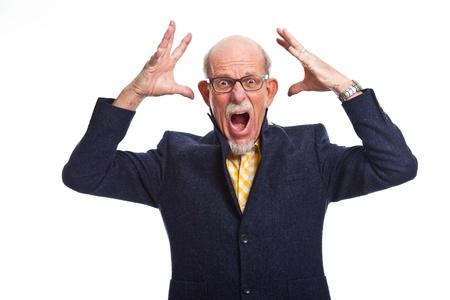 bald man: Angry bien vestido hombre mayor con gafas. Aislado.