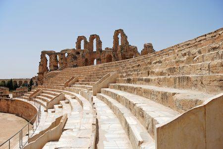 De UNESCO-werelderfgoed, ondergang van het Romeinse Colosseum in El-Jem, Tunesië.
