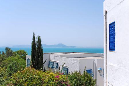 Prachtig uitzicht op de zee van Sidi Bou Said, Tunesië. Stockfoto