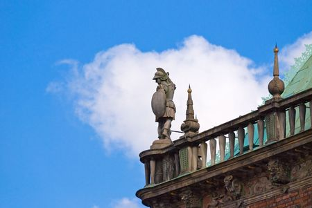rathaus: Soldier statue on the roof of Bremen Rathaus, Germany