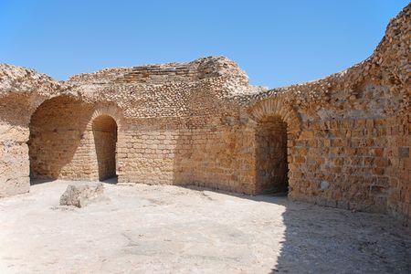 Oude ruïnes van de Thermen van Antoninus Pius in Carthage, Tunesië