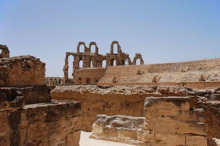 amphitheater: Ruins of Roman Amphitheater in El-Jem, Tunisia (UNESCO World Heritage)